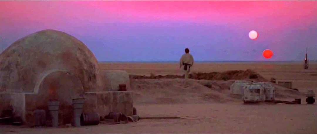 sunset coloration on tatooine